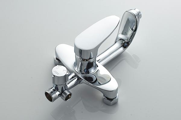 Wall Mounted Bathtub Shower Fixtures , Shower Bath Set ROVATE With Metered Faucets